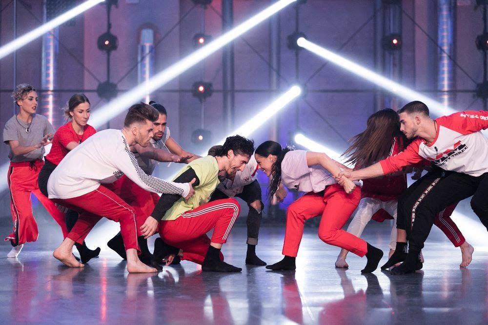 Los bailarines de fama a bailar con los calcetines de bailes oficiales